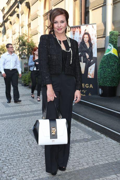 ŽENA-IN - Dana Morávková dnes slaví 44. narozeniny a zraje jako víno! 4081c3a48d8