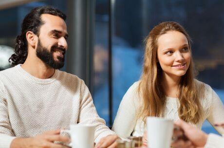 Může spojit proměnit ve vztah
