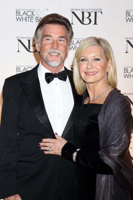 olivia newton john s manželem