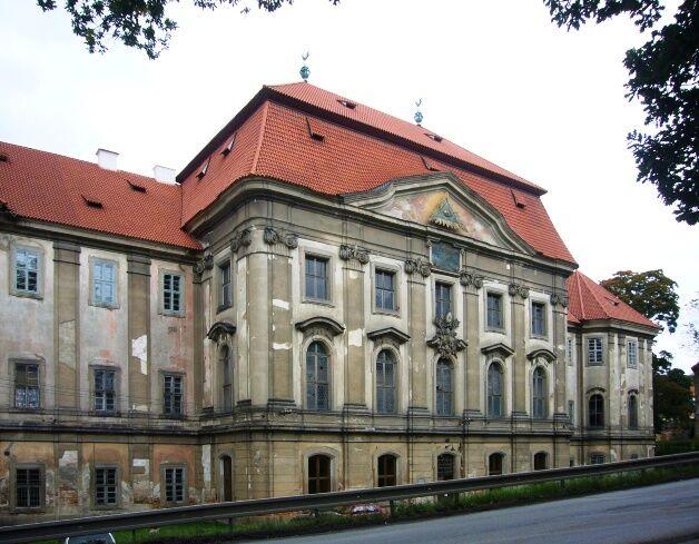 Plasy - klášterní budova
