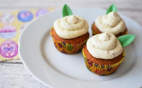 Velikonoční cupcaky s medem a ořechy