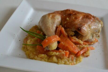 kuře s červenou čočkou a mrkví