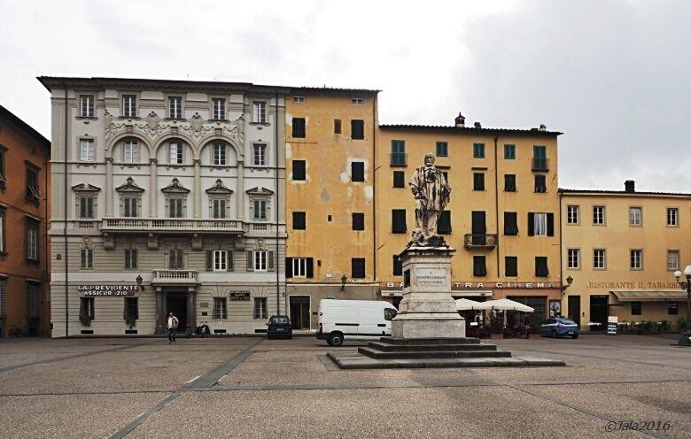 Piazza Giglio