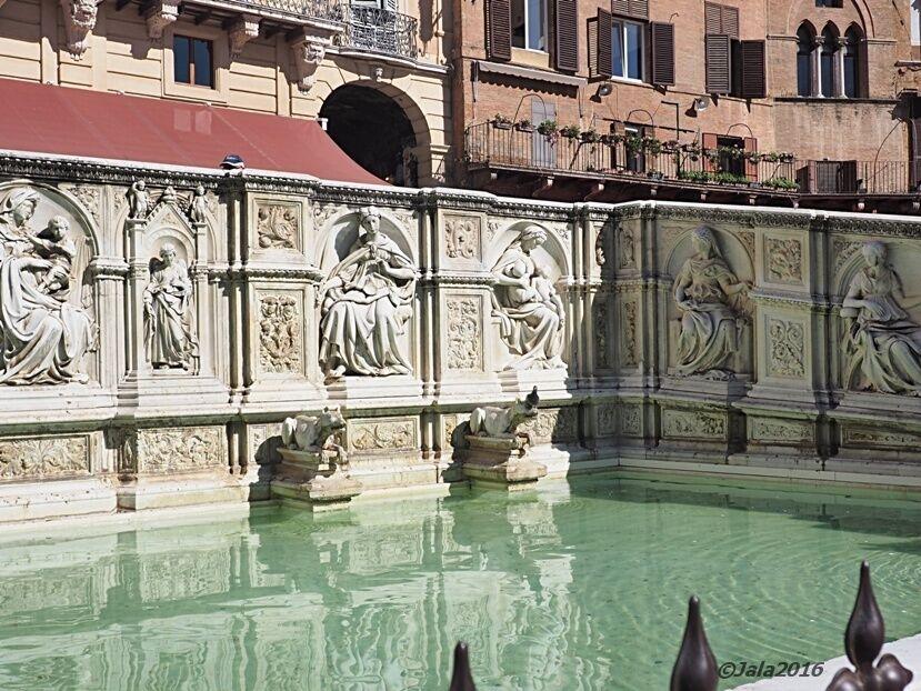 Siena-Fontain-Gaia