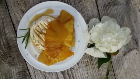 grilovan� ananas