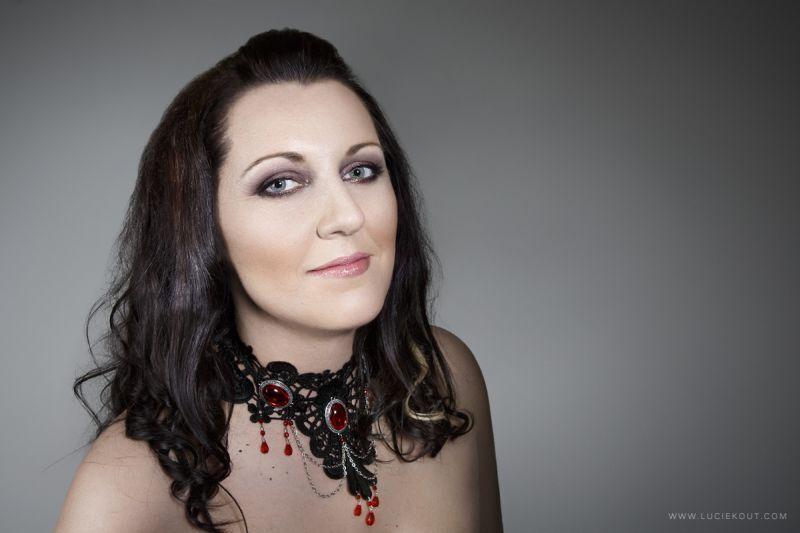 E. Kuchtová