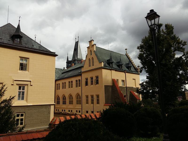 Poklidné odpoledne v areálu zámku Zruč nad Sázavou