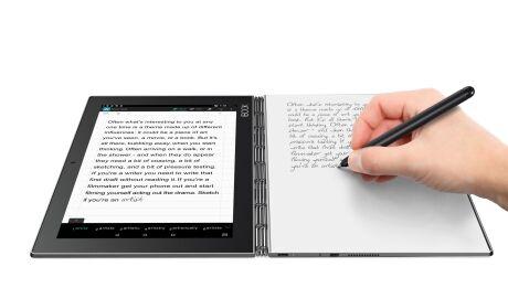 Zena In Sedmero Vlastnosti Tabletu Yoga Book