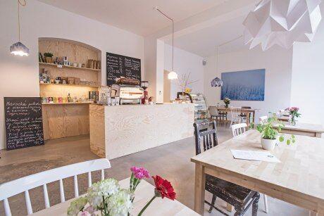 Bistro Mikyna Coffee & Food Point