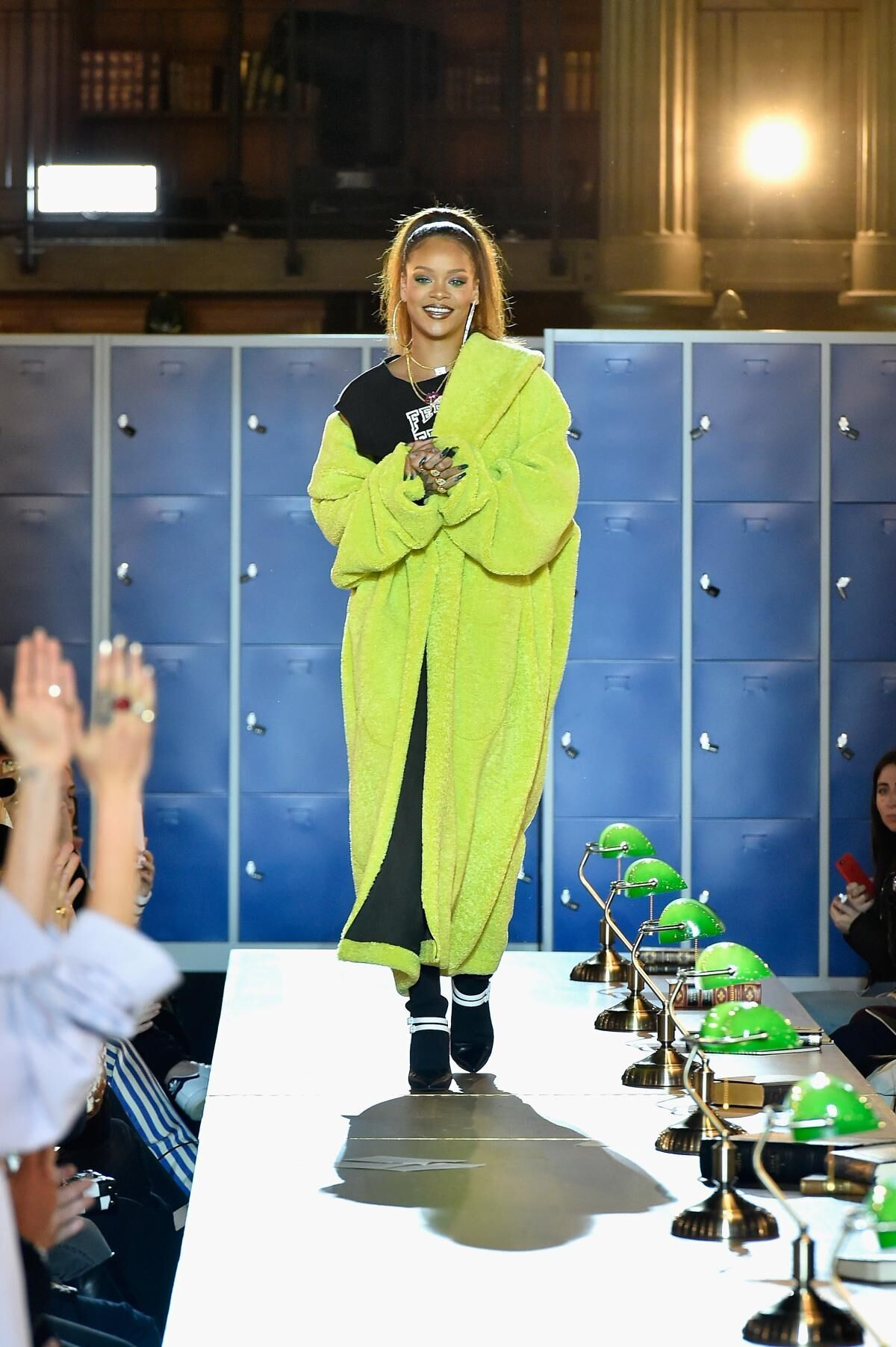 ŽENA-IN - Kolekce FENTY x PUMA By Rihanna byla představena v Paříži 87a4d56845