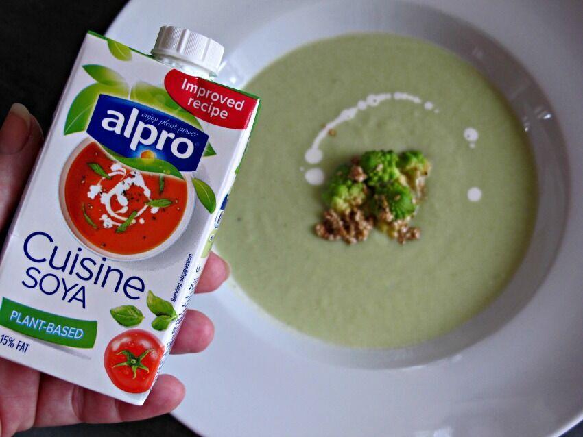 krémová polévka z romanesca