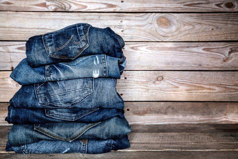 ŽENA-IN - Nesluší vám džíny  Každé postavě sedí jiný střih. Víte ... 00fe269c4d