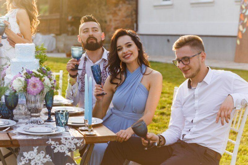 dcf98d8ff02 ŽENA-IN - Jak se obléknout na svatbu jako host