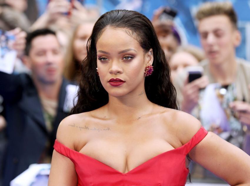 Rihanna chodí s drakem