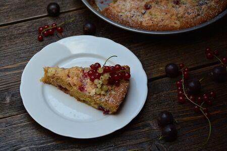 angreštový koláč s drobenkou