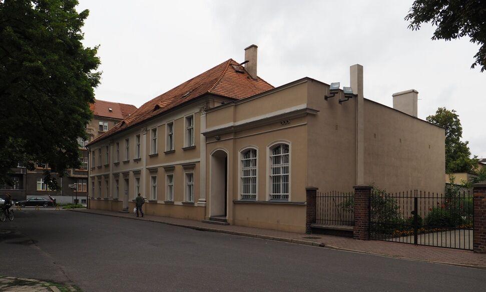 Lešno-staré gymnázium