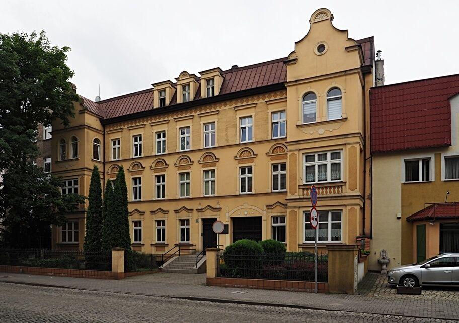 Lešno-budova ekonomky