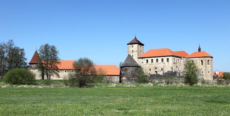 Zmek - hrad - Vodn hrad vihov