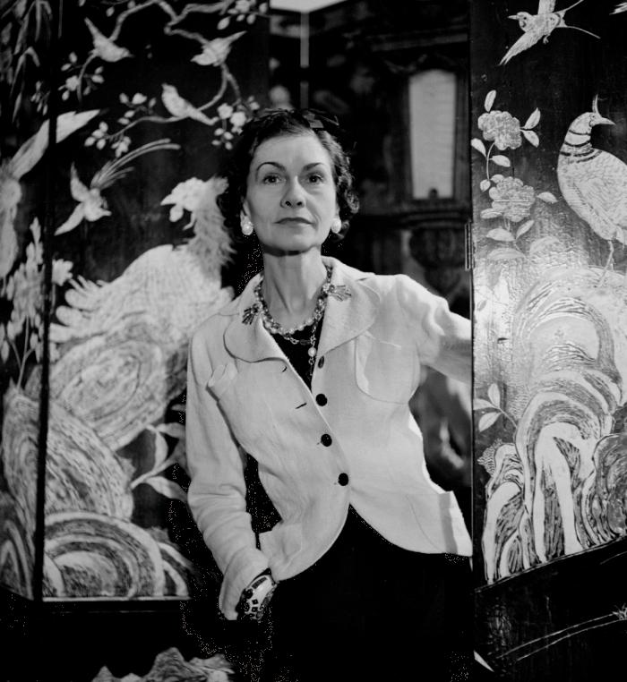 ŽENA-IN - Móda po vzoru Coco Chanel. Oděvy a doplňky 60736bef0a