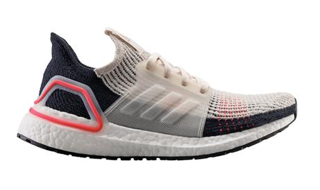 c4d7648f96 Na vytvoření nových adidas Ultraboost 19 spolupracovali designéři a  vývojáři značky adidas s tisíce běžci po celém světě. Společně zjednodušili  konstrukci ...