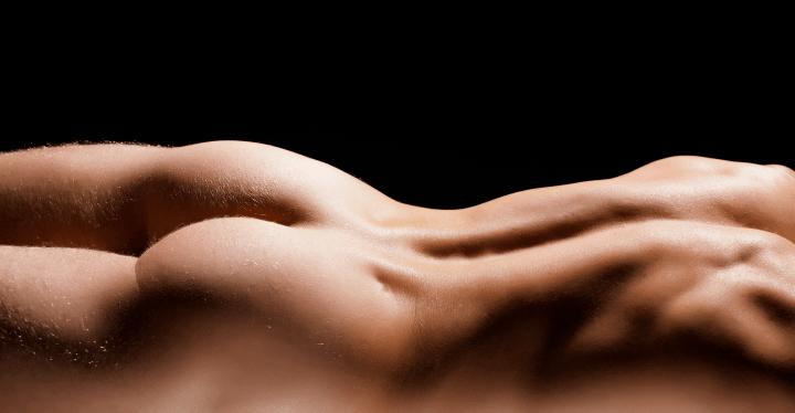 obrázky nahého mužského modelu